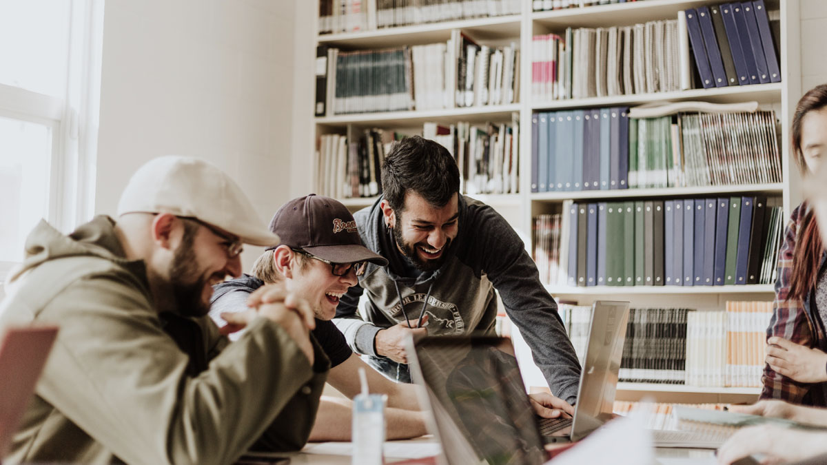 4 Ways to Create a Company Culture that Fosters Young Professionals' Development Post-Pandemic